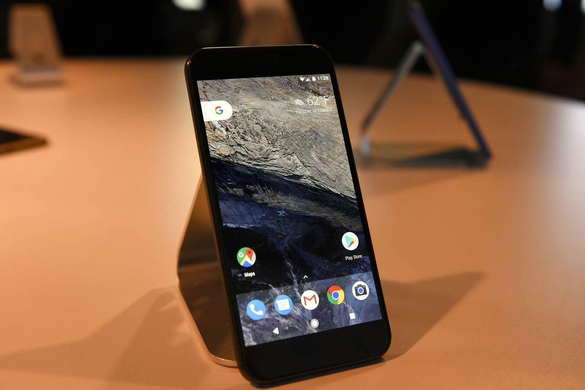 Android-in yaradıcısı Andy Rubin-in Essential Phone layihəsi, 300 milyon dollar investisiya aldı