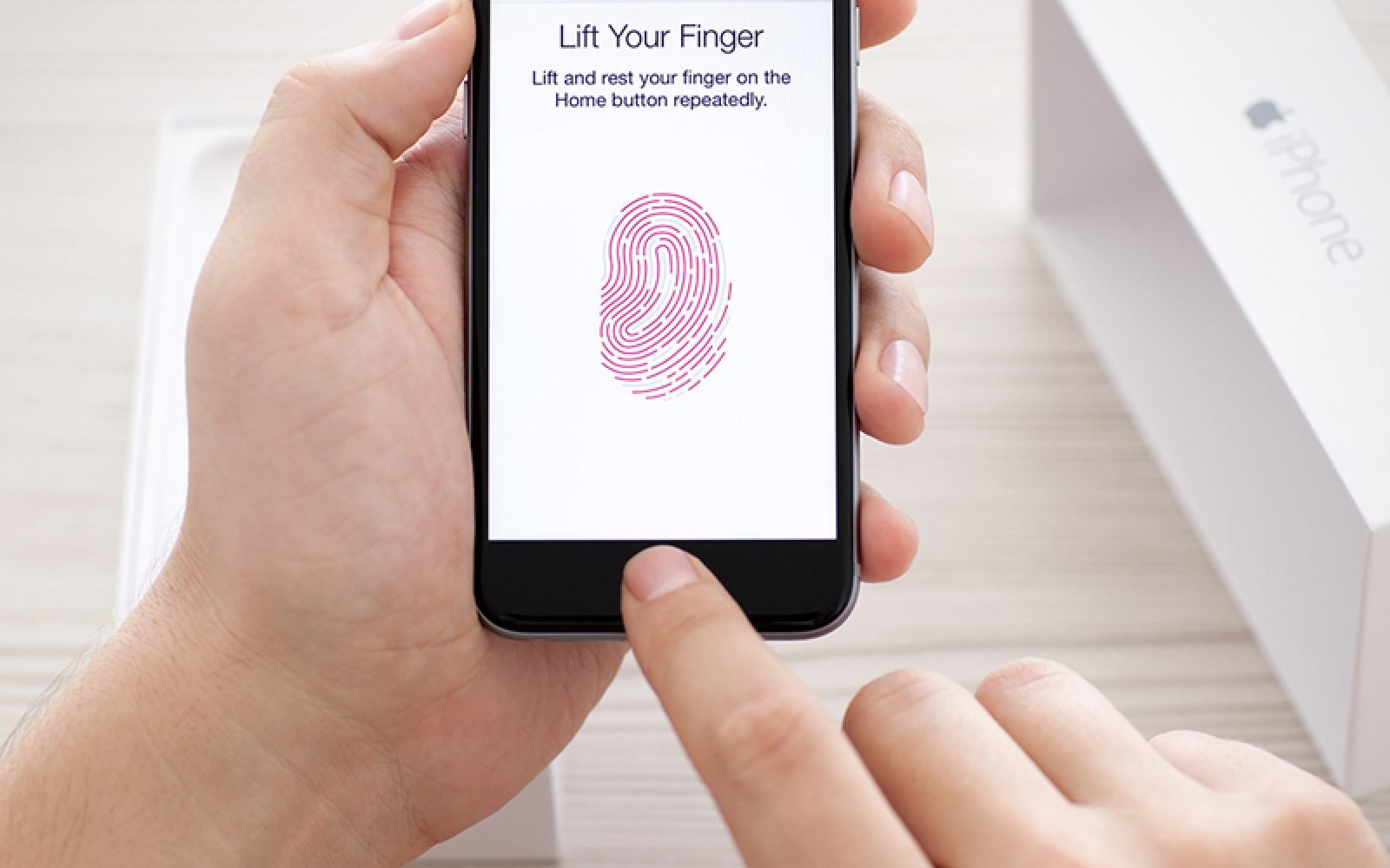 apple, apple touch id, apple face id, face id, touch id, iphone touch id, iphone face id, iphone news