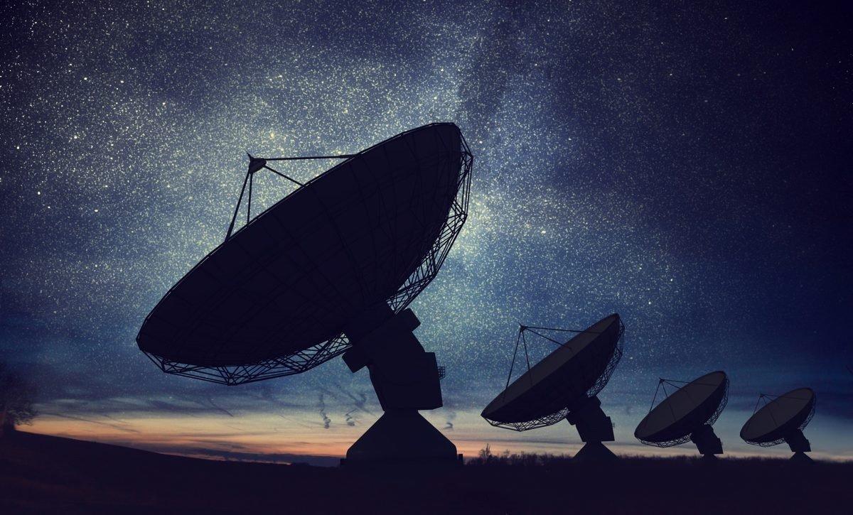 Astronomlar Günəş sistemindən kənarda yerləşən ekzoplanetdən radiosiqnal əldə ediblər (VİDEO)