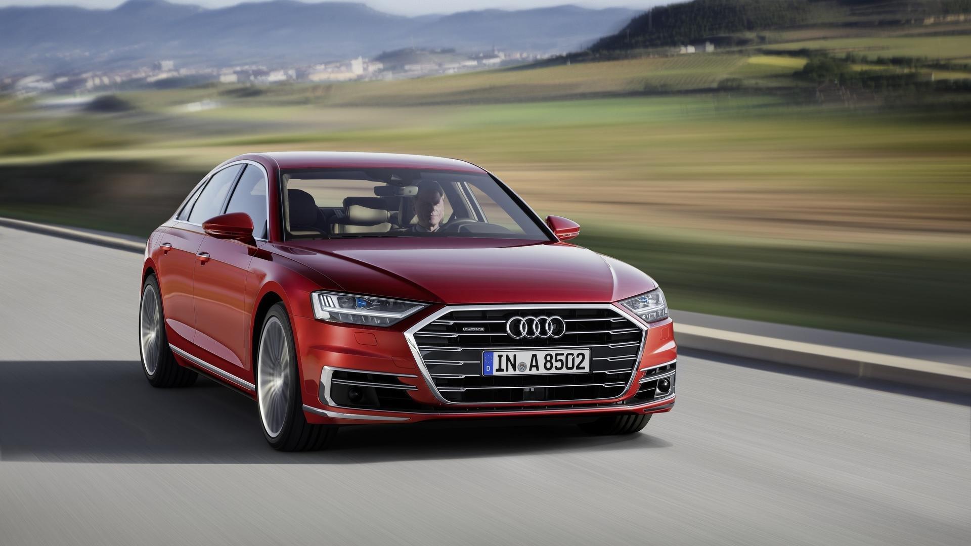 'Audi' şirkəti, avtopilot sistemli yeni A8 modelini təqdim etdi (VİDEO)