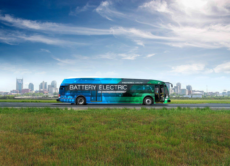 Bir dəfə şarj olunmaqla 1770 km yol qətt edərək rekord qırmış elektrikli avtobus (VİDEO)