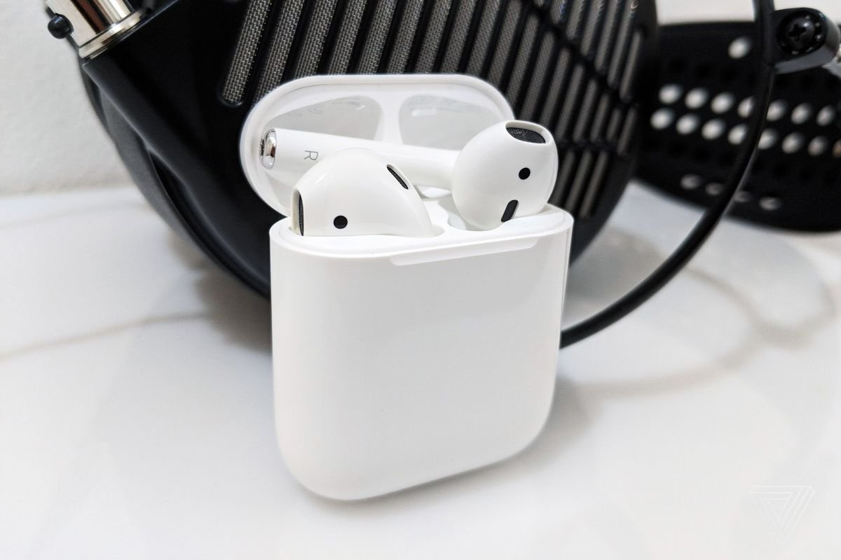 apple, apple airpods, apple airpods 2, apple airpods 2 release date, apple airpods 2 news