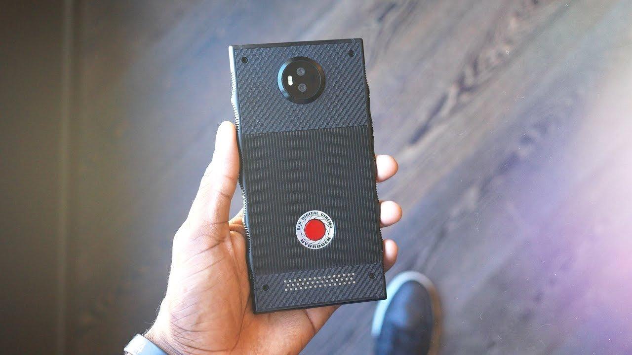 Dünyanın ilk holoqrafik ekrana sahib Hydrogen One adlı smartfonu