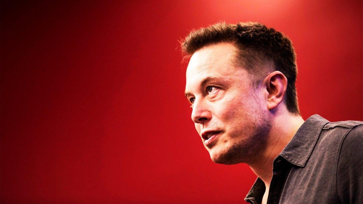 Elon Musk Jeff Bezos-u geridə qoyaraq dünyanın ən varlı şəxsinə çevrildi