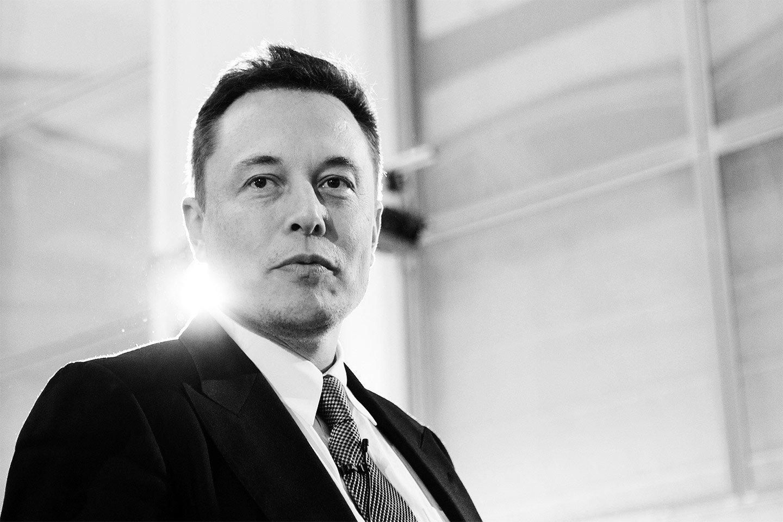 Elon Musk, Mars planetinə insanların köç etməsini süni zəka təhlükəsinə görə istəyir