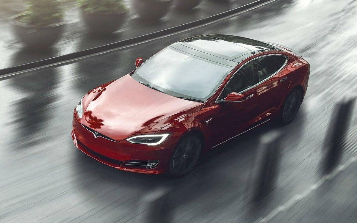 Elon Musk, Tesla Model S-in Plaid adlı təkmilləşdirilmiş versiyasını təqdim edib (VİDEO) - QİYMƏTİ