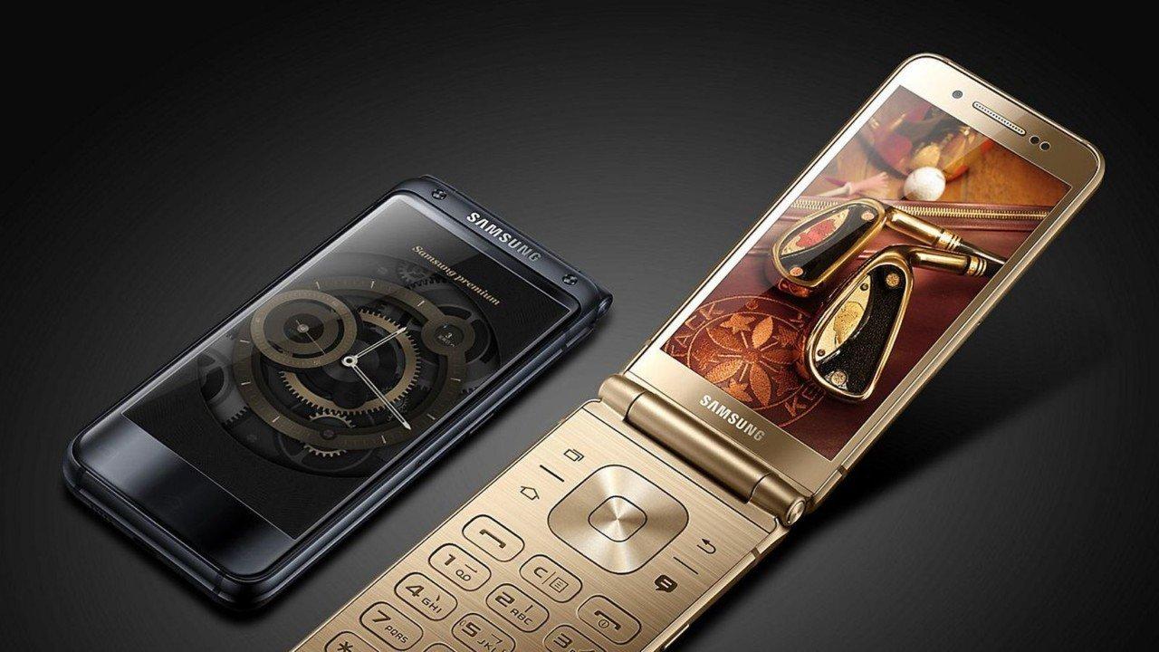 İki ekrana sahib qapaqlı flaqman modeli Samsung W2018 təqdim olundu