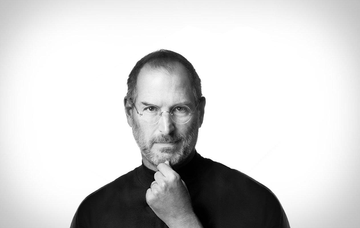İlk iPhone-nun yaradılması haqqında çox maraqlı fakt. Əslində Jobs, iPhone-nu kimin acığına yaratmışdı?