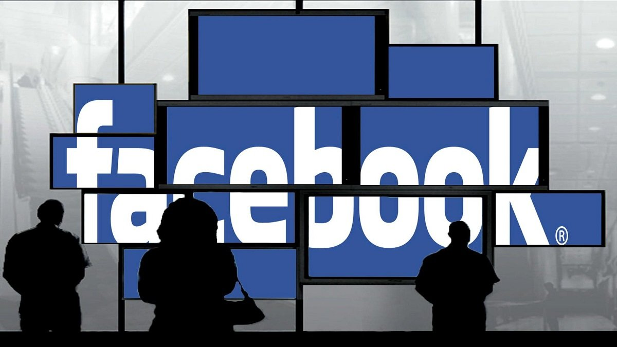 facebook, facebook italy, facebook data, facebook users data, facebook data scandal