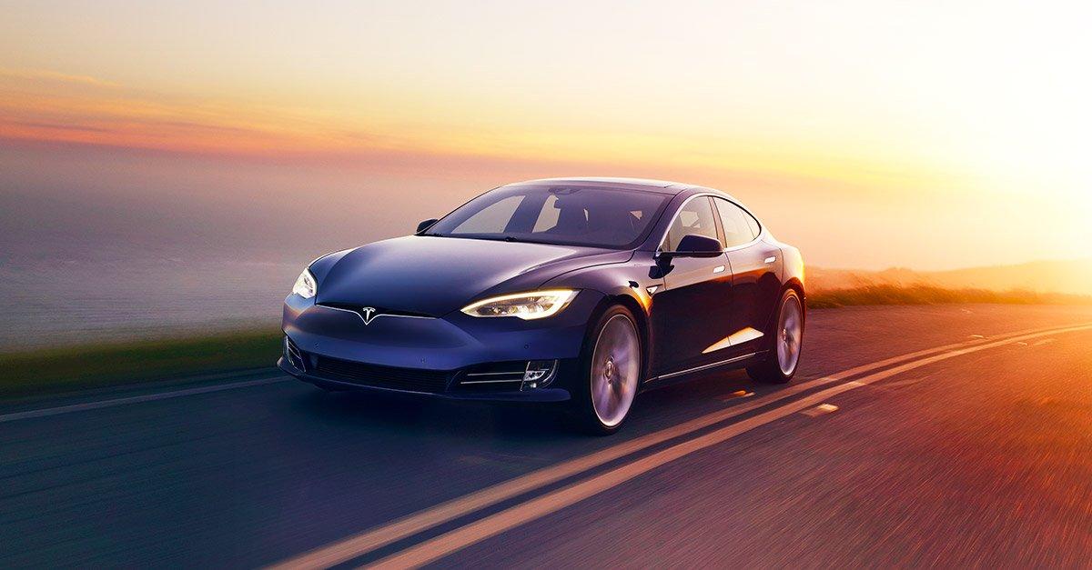 'Pilotsuz Tesla bu il satışa çıxa bilər'