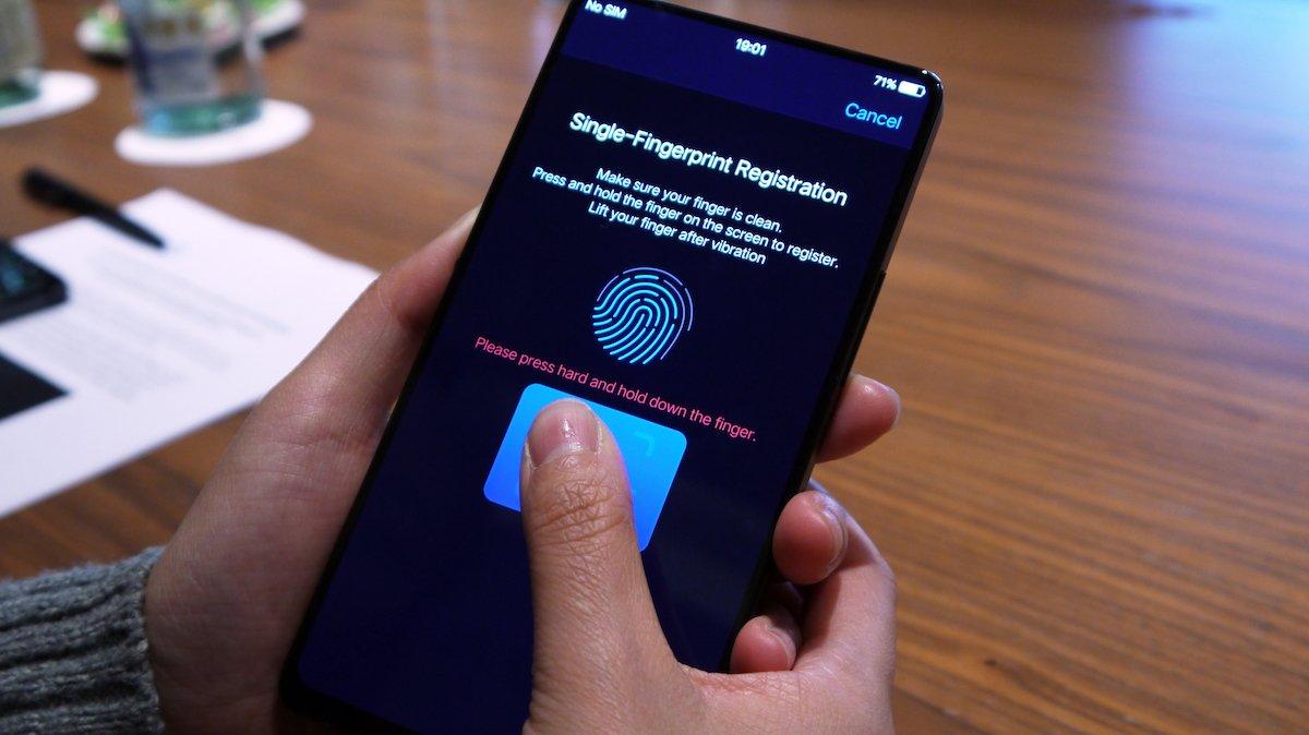 Qualcomm şirkəti smartfon ekranları üçün yeni nəsil barmaq izi skanı texnologiyasını təqdim etdi