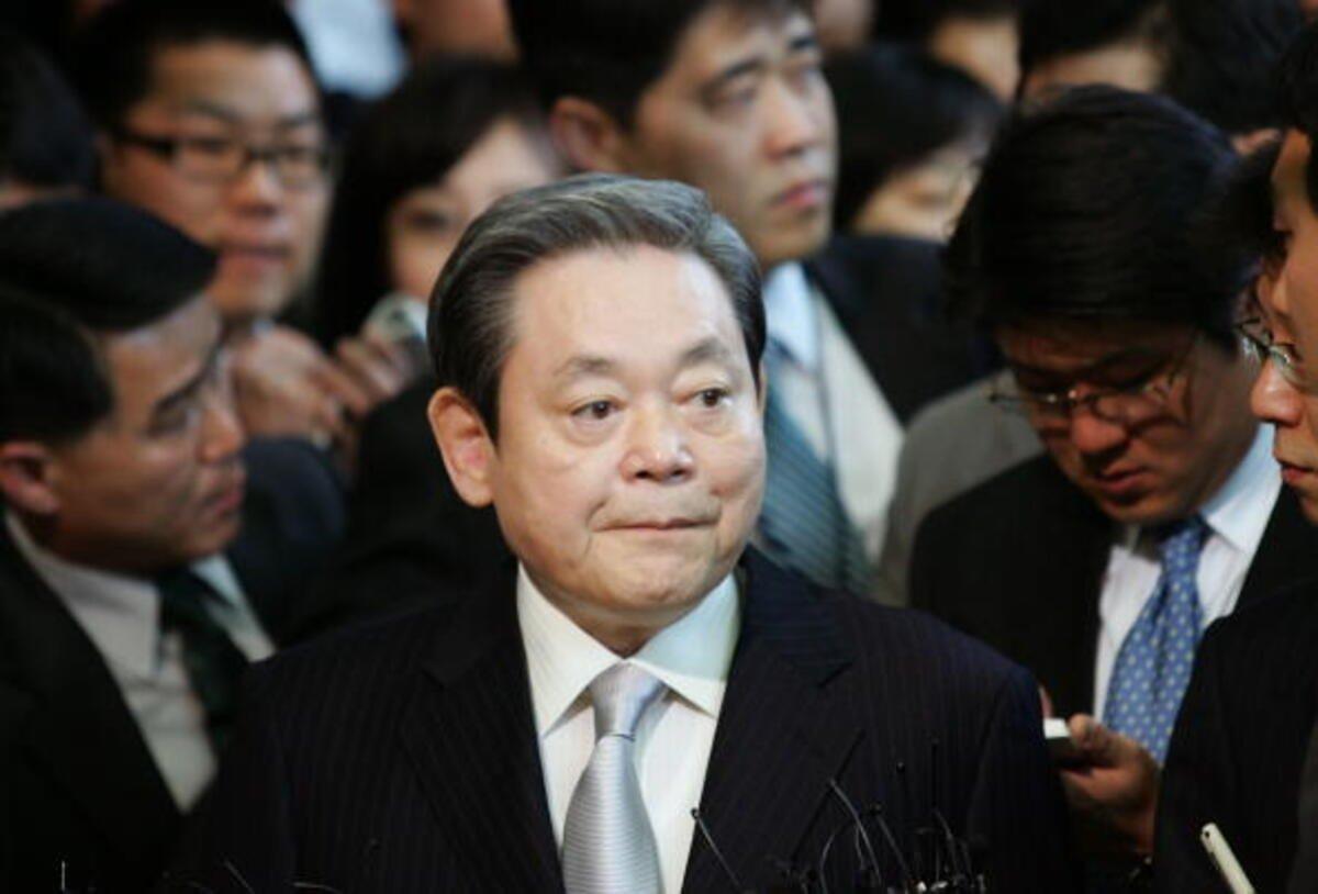 Samsung-u indiki vəziyyətə gətirmiş şəxs: Samsung rəhbəri Lee Kun-hee 78 yaşında vəfat edib