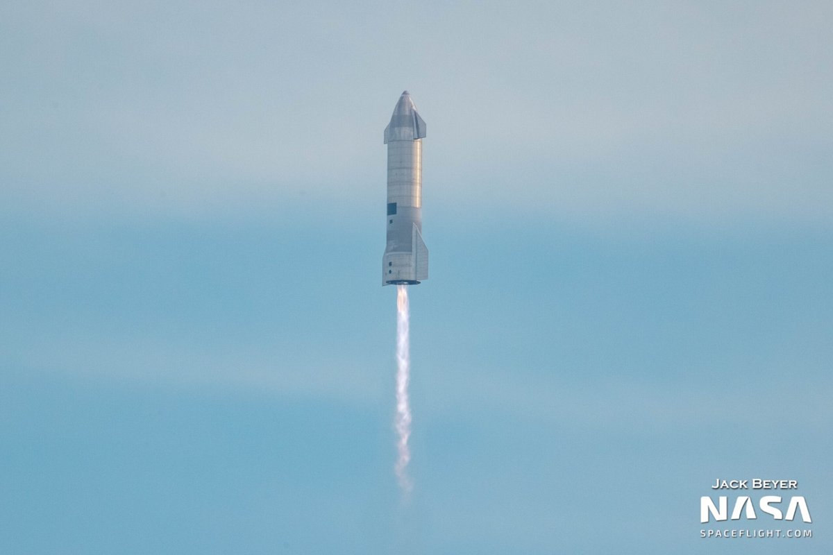 SpaceX-in Starship kosmik gəmisinin yeni prototipinin uçuş testi uğurla yekunlaşıb (VİDEO)