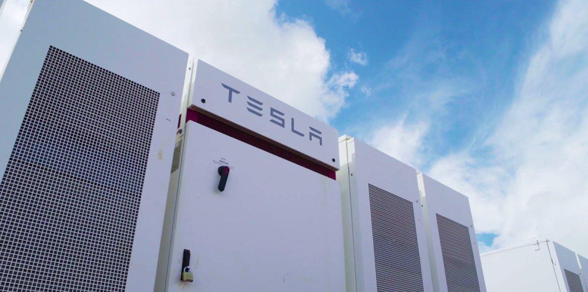 Tesla Energy şirkəti hər il milyardlarla dollar gəlir əldə etmə potensialına doğru gedir