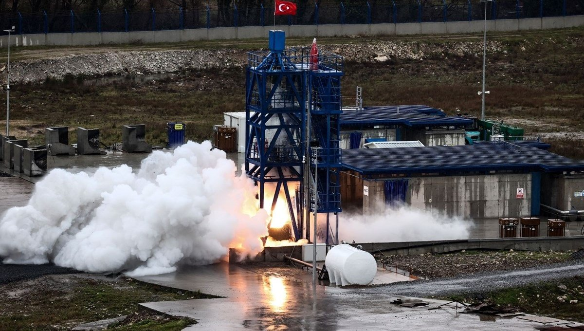 Türkiyə Ay missiyası üçün nəzərdə tutulmuş hibrid raket mühərrikinin uğurlu testini reallaşdırıb (VİDEO)