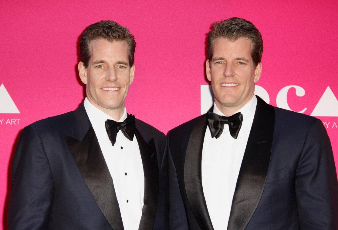 Tyler və Cameron Winklevoss əkiz qadaşları dünyanın ilk bitcoin milyarderləri oldular