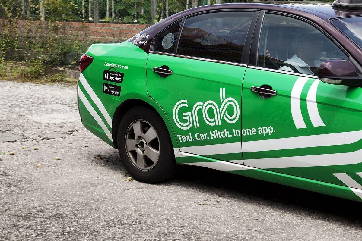 Uber-in rəqibi Grab, 2 milyard dollar investisiya ala bilər