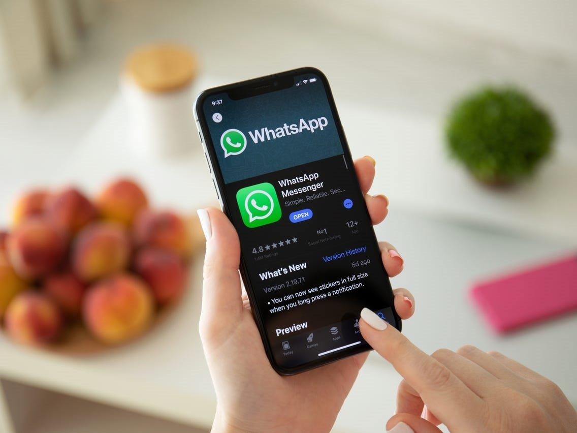 Whatsapp telefon nömrəsinin dəyişdirilməsi halında çatların köçürülməsi funksiyası üzərində çalışır