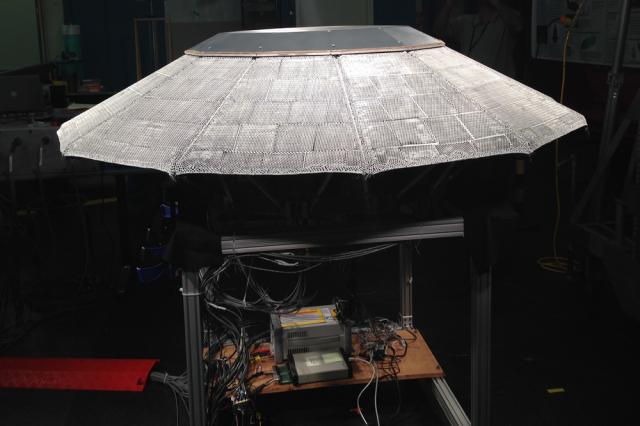 NASA Mars planetinin atmosferinə davamlı material istehsal etdi.