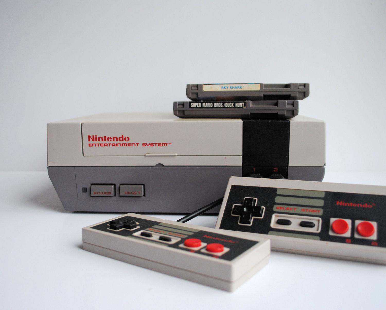 NES 30 yaşını qeyd edir!