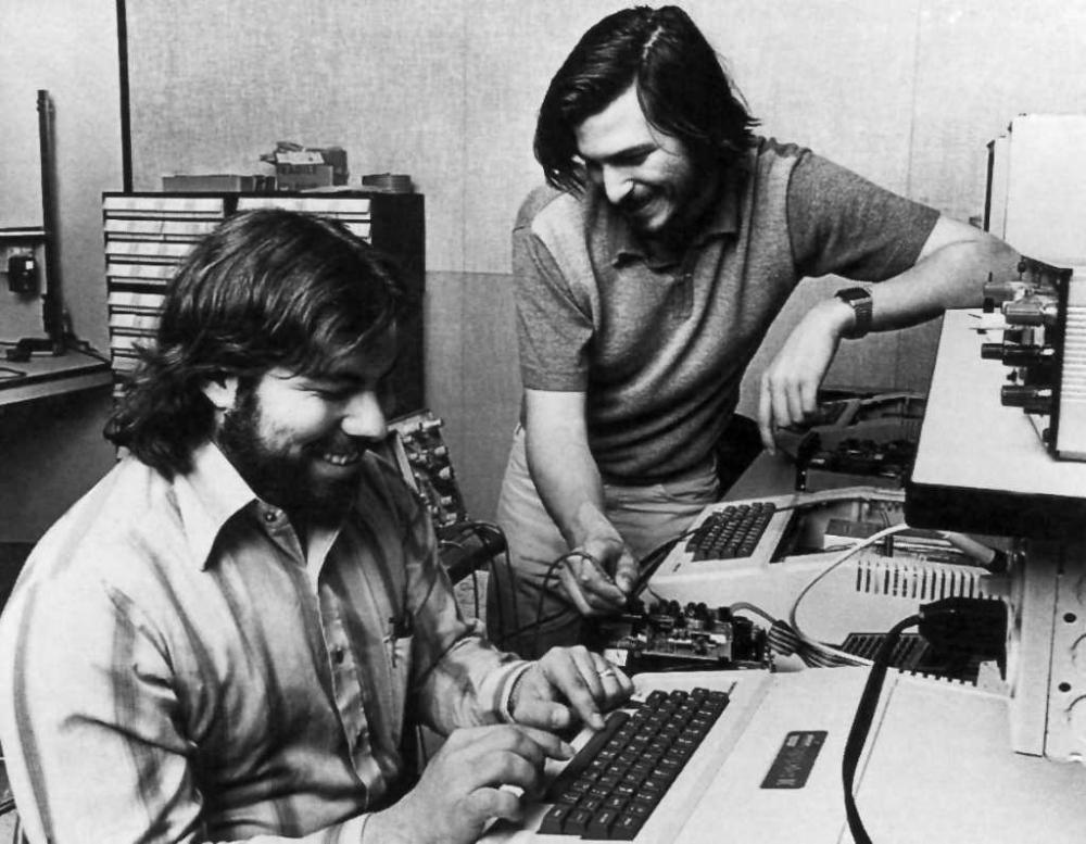 Steve Jobs\'un həyatında unuda bilmədiyi 10 anı. (Həyat hekayəsi)