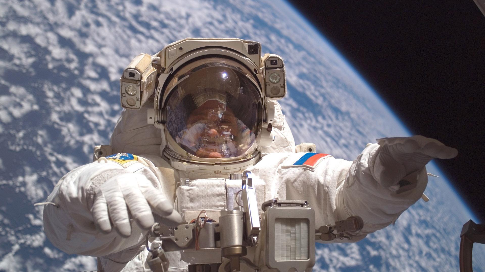 Kosmosa uçmaq istəyənlərin sayı rekord həddə çatıb