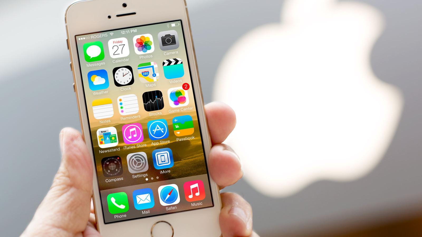 Apple iPhone 5s modelinin satışlarını dayandırır