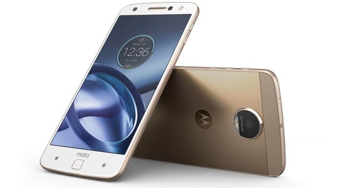 Motorola modulyar ağıllı telefonlar: Moto Z və Z Force modellərini təqdim etdi