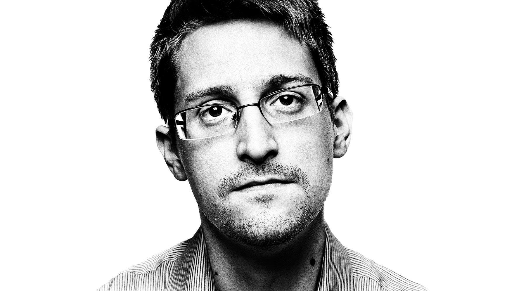 Edward Snowden müxtəlif tədbirlərdə necə iştirak edir?