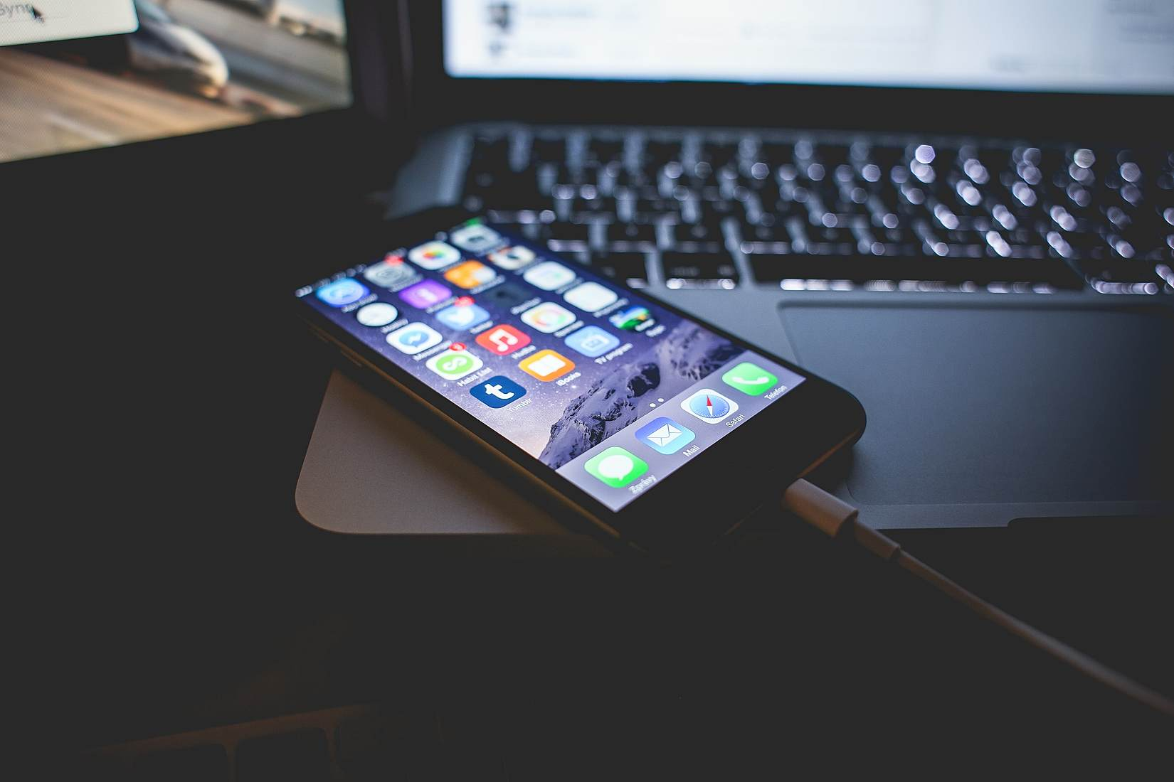 iPhone-da məlumatların ələ keçirilməsi üçün yeni üsul təqdim olunub (VİDEO)