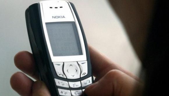 """Nokia düyməli telefonlar ilə yenidən bazarda! 16 MB """"RAM""""lı Nokia 1187"""