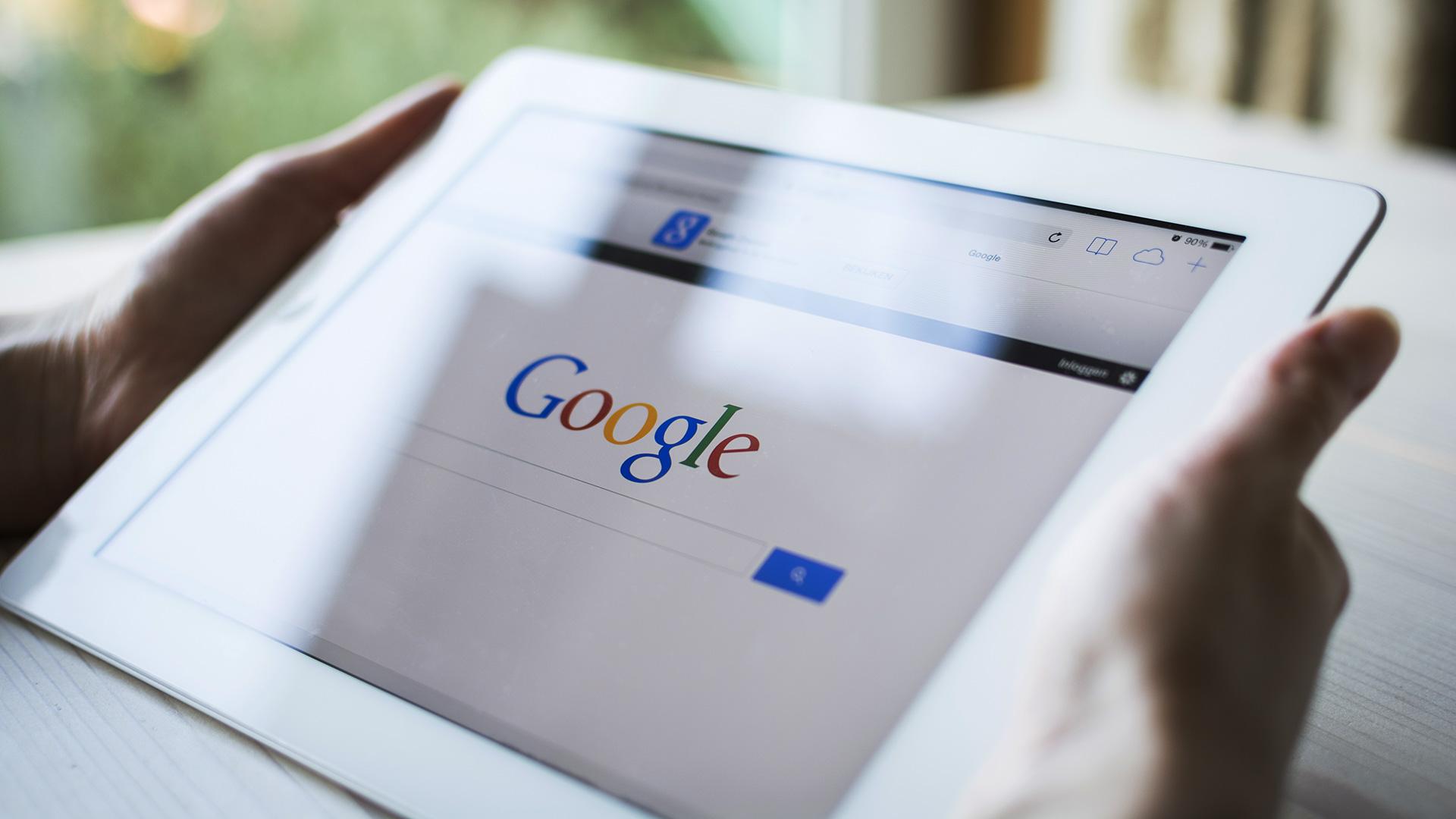 Google, mobil və kompüterlərdə fərqli axtarış həyata keçirəcək
