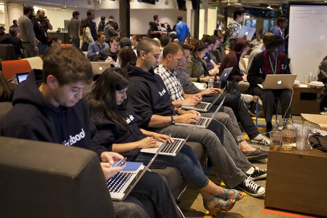 """Hackathon nədir? Azərbaycanda Hackathon - """"Techfall 2016"""" !"""