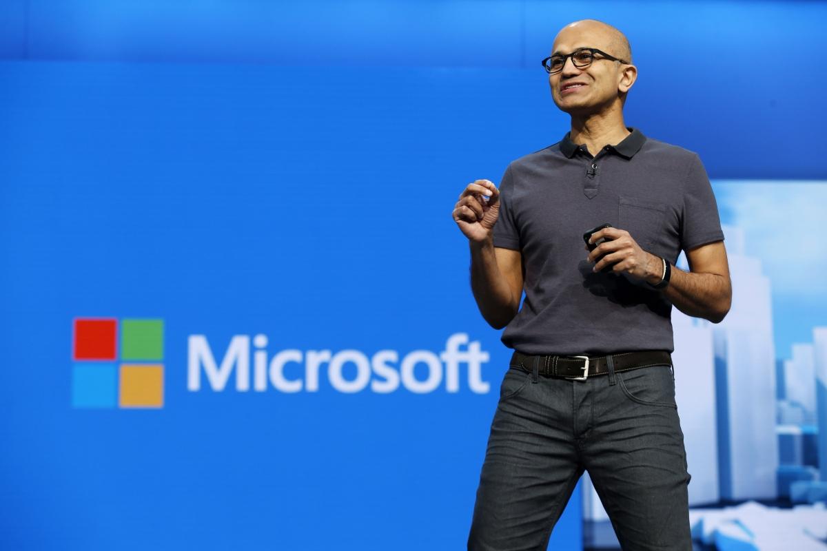 Microsoft dünyada ilk trilyon dollarlıq şirkət ola bilər