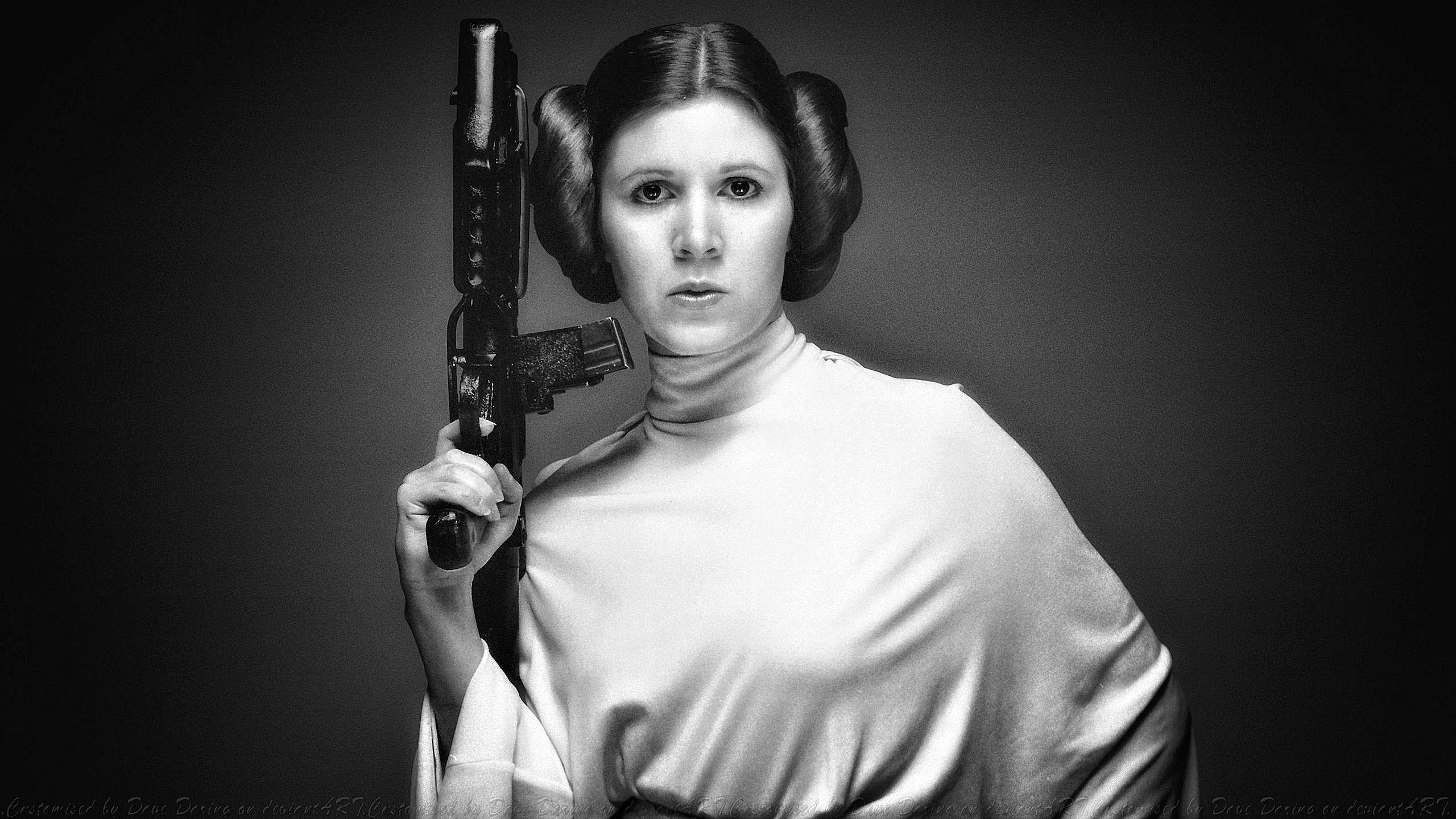 """""""Star Wars"""" film seriyasında şahzadə Leia-nı canlandırmış aktrisa Carrie Fisher vəfat etdi"""